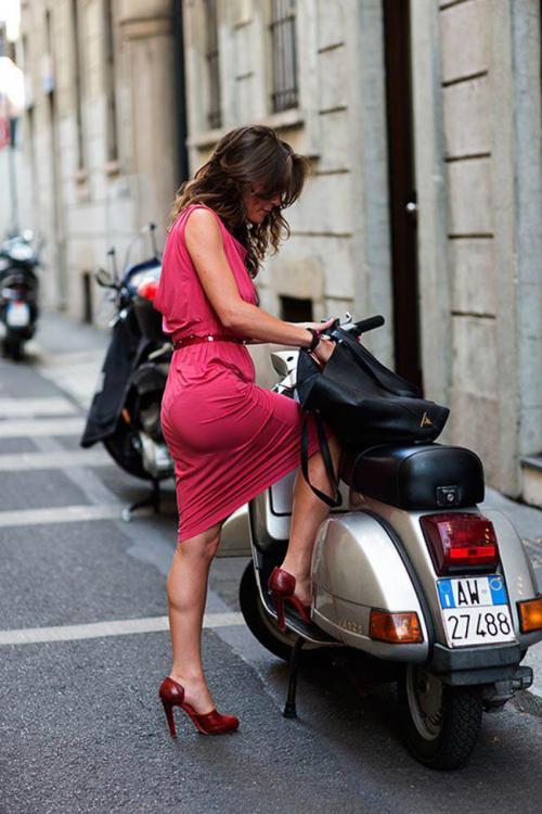 italian vespa girl.jpg